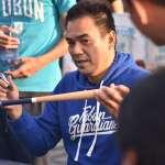 棒球》拿大谷翔平用過的棒球棒來吃飯 滋味如何?