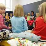 作業少、考試也少的教育大國》跟芬蘭學教育:讓窮小孩跟富小孩同在低壓環境下學習