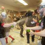 MLB季後賽》賽後大唱「紐約, 紐約」 紅襪嗨翻休息室