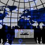 網路世界錯誤資訊橫行,數位時代如何自律並防治
