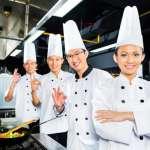 就是要給孩子吃最好!亞洲最佳女廚師設計「異國風」營養午餐,日式、泰式都端上桌!