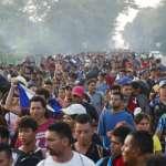 中美洲7千移民逃離家園,向美國行進中!川普昭告軍警「這是緊急事態」,揚言切斷中美洲3國金援
