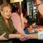 指柯文哲組政黨「行不通」 柯媽:做台北市長都被罵翻了