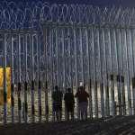 「絕對無人能翻越」全力阻擋美墨邊境移民!川普推特秀刺鐵網高牆、授權軍方保護邊境海關人員
