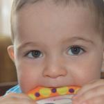 台灣爸媽刻意不餵寶寶吃「這些食物」,反而會養出過敏兒!最新研究:餵這6樣體質明顯強