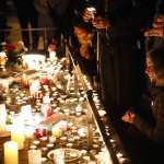 法國總統馬克宏蠟燭兩頭燒》黃背心誓言持續抗爭,網路流傳「恐攻陰謀論」