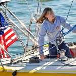 美國16歲少女獨駕帆船環遊世界、遇險獲救 8年半之後,她的帆船回來了!