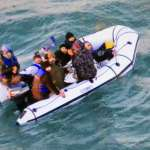 阻擋移民橫渡英吉利海峽 法國承諾將加強巡邏