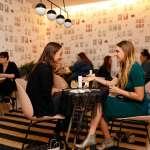 你對按讚沒有感覺了嗎?從美國最夯的女性社群,看見「老派社交」之必要