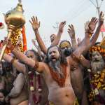 全球最大和平集會登場》12年一次的印度教「大壺節」揭開序幕 超過1億2000萬人共襄盛舉!