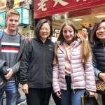 突襲西門町有感?外國旅客創新高 蔡英文揭露3大「隱藏版重點」