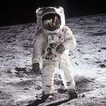 人類45年來再也沒登陸月球,真是因為上面有外星人嗎?揭美國不再登月的3大真實原因…