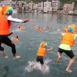 新北神明淨港文化祭 七國勇士挑戰低溫跳港祈福