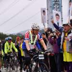自行車挑戰一日雙城「騎頭尾」 柯文哲:用積極正面的方式紀念二二八