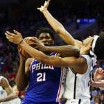 NBA季後賽》安比德霸王肘KO對手 76人第三節海灌51分奠勝基