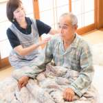 家中長輩常半夜痛風發作、關節紅腫到痛醒?醫師教你掌握這5種飲食習慣,遠離痛風
