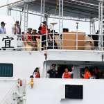 演習變選舉秀?蔡英文搭宜蘭艦播《快樂的出航》挨批 海巡署出面澄清了