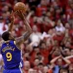 NBA總冠軍賽》第三節鎖死暴龍 勇士成功扳平戰局卻傷了湯普森