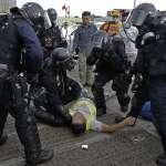 「警隊高層把我們推去送死,雙方總有一天會控制不住」鎮壓反送中惹議,香港警察對BBC吐露心聲