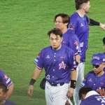 台灣職棒開打紅到國外!美媒、世界棒壘總會紛紛盛讚:美國做不到的,台灣做到了