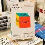 【Gene思書齋】謊言、該死的謊言、統計數字......我們在後真相時代與真相的距離
