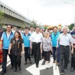 竹縣高鐵橋下二期東科路通車 楊文科挽人瑞歡喜踩新路