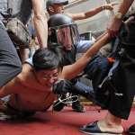 在和平氛圍中開始,在暴力衝突中結束……香港陷入警民衝突、以暴易暴惡性循環