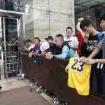 NBA》照打不誤!NBA微博預告上海比賽晚間將登場