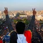 「無大台」血腥抗爭滿月,伊拉克總理如此「讓步」:只要找到人接替我,我馬上辭職