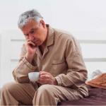 家中長輩還在為關節疼痛受苦?新醫療手術傷口小、恢復期快!