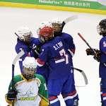 冰球》台灣盃女子冰球賽中華隊首日全勝  力克奪冠勁敵澳洲