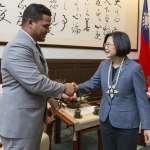 曾拒絕中國企業建「人工島」提議 吐瓦魯外長訪台:不會為了經濟利益犧牲40年友誼!