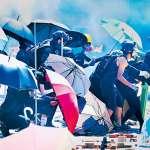 戰場、市場的平行時空…1萬顆催淚彈下的香港,正逼近臨界點!