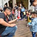 街頭作品實驗室》雜耍、扯鈴、魔術結合劇場 盼讓大家知道「街頭藝人也是藝術家」