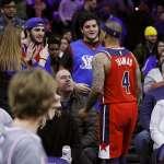 NBA》球迷比中指飆髒話只為免費冰品 湯瑪斯走進觀眾席理論卻遭驅逐