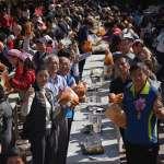 信義踏雪尋梅開鑼 300多人一起泡菜DIY場面壯觀