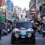 柯文哲車隊掃街全台「大眾走」,人氣最高的地方不在執政的台北