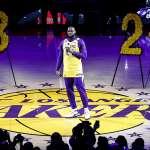 NBA》永懷「黑曼巴」布萊恩 湖人當家球星詹姆斯秀新刺青