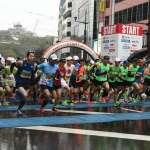 因應肺炎疫情 熊本城馬拉松發放口罩給參賽者