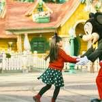 響應安倍晉三呼籲「全國活動再停10天」:春季甲子園停辦,東京迪士尼重新開園延到4月