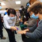 防疫升級 中市社區關懷據點落實量體溫及雙手消毒