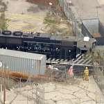 美國超狂駕駛員開火車衝出軌道,欲撞「慈悲號」醫療船!只因為他腦中浮現陰謀論……
