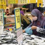「媽媽有更多時間試做新菜」、「學哆啦A夢語氣跟丈夫講話」…馬來西亞持續鎖國 當局漠視婦女困境