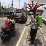 「疫情造成的影響比海嘯嚴重!」印尼確診人數激增、醫療用品與篩檢能量不足 專家痛批:佐科威總統領導不力
