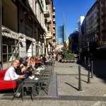 歐洲最早封城重災區,義大利總理宣布下周解封細節:可戴口罩探親,餐廳可以外賣