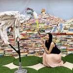 千冊「漂書山」廢棄推車變陪讀椅 市圖邀民眾「零碳閱讀」愛地球