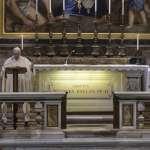 梵蒂岡聖伯多祿聖殿,解封!義大利全境恢復宗教活動,但葬禮僅限15人參加
