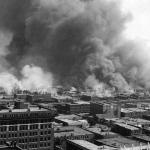 美國99年前種族屠殺:白人一夕之間夷平「黑人華爾街」、釀300死!恐怖祕密卻塵封逾半世紀