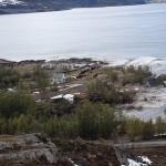 天威難測!挪威濱海陸地連同8棟民宅整塊滑入海裡,僅小狗游回岸上...震撼畫面曝光
