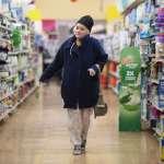 產地直送、崇尚在地食材、網路下單……新冠疫情衝擊全球糧食體系 人們購物習慣發生重大變化